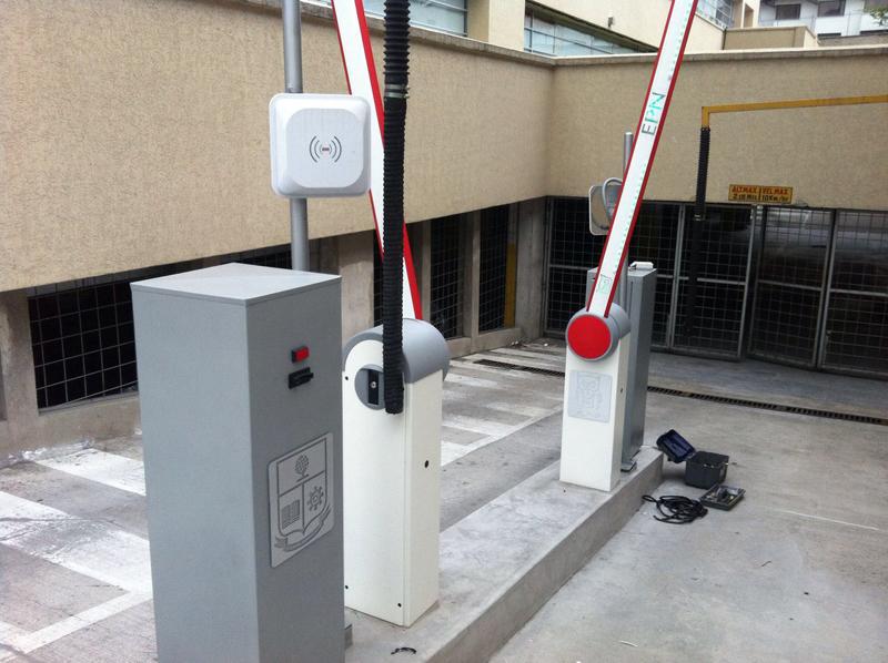 парковка на базе УВЧ считывателей дальнего действия
